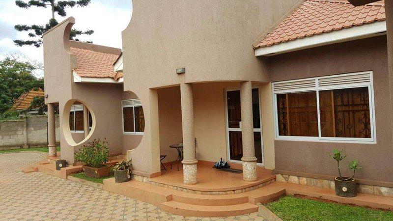 Pinegrove Apartments Kampala, holiday rental in Kampala