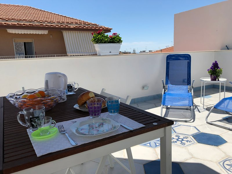 Delicious and romantic terrace to enjoy moments of relaxation in the heart of Marina di Ragusa