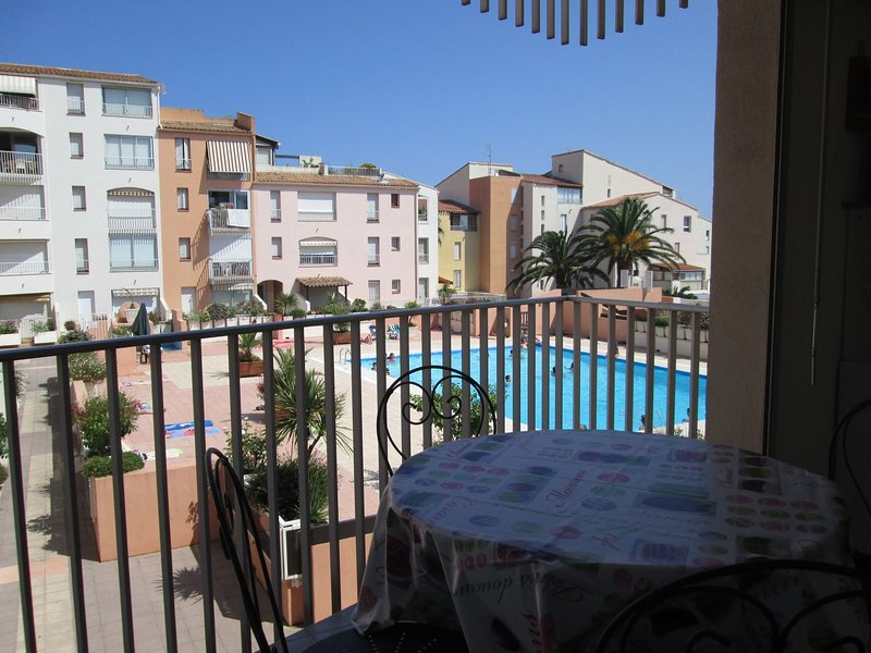 Studio + bunkbed apartment / Centre Port, holiday rental in Cap-d'Agde