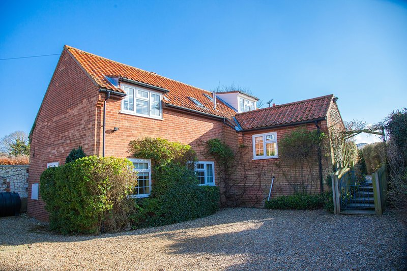 The Lifeboat House, holiday rental in Brancaster