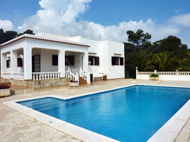 Pou Des Lleo: Haus mit Pool und herrlichem Meerblick, holiday rental in Cala Llenya