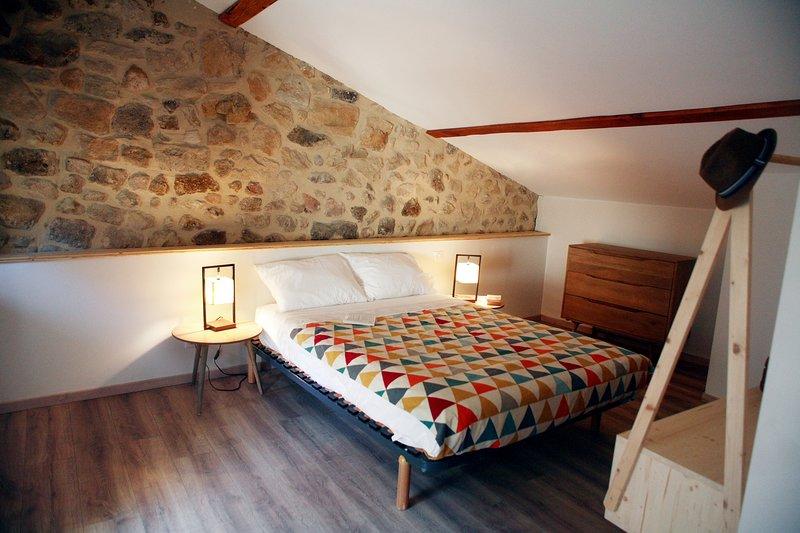 Chez la Marthe, Gîte tout confort ,Ailhon, holiday rental in Prades