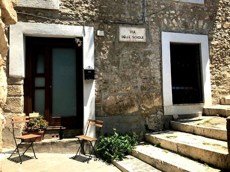 CASETTA NEL BORGO, holiday rental in Bellegra