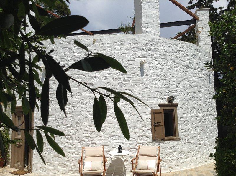 Beautiful house with sea view, location de vacances à Vari
