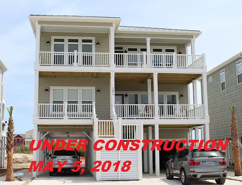 West Third Street 131 - 'OIB Happy Now' Fussell