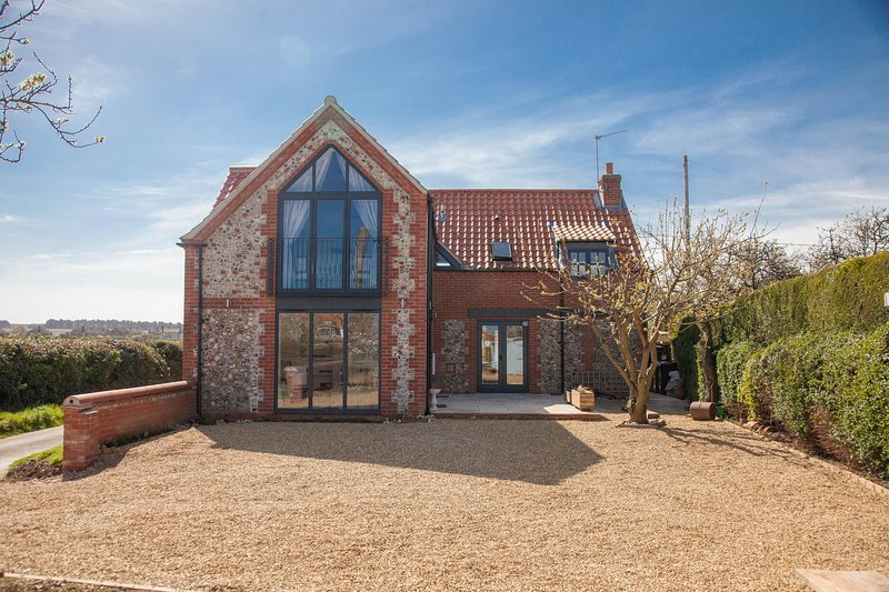 Plumtrees, holiday rental in Thornham