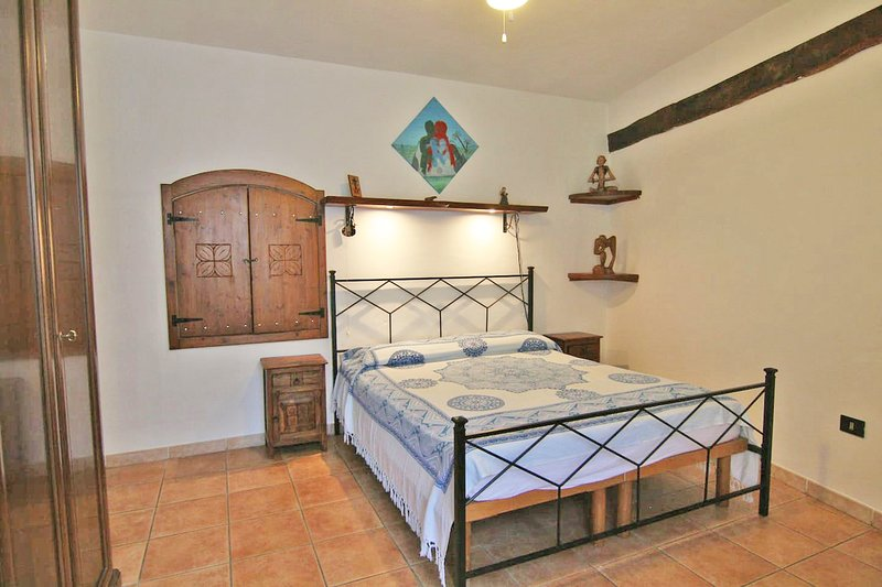 "Casa vacanze ""Funtana Manna"", holiday rental in Sennariolo"
