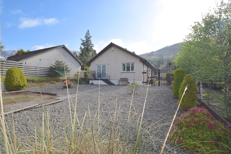 Stonycroft Bungalow - 2 bedroom bungalow in Lochgoilhead village, aluguéis de temporada em Arrochar