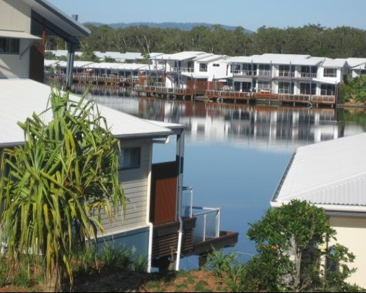 Runaway Bay affordable two-bedroom holiday apartment. Quality, Quiet and Comfort, alquiler vacacional en Helensvale