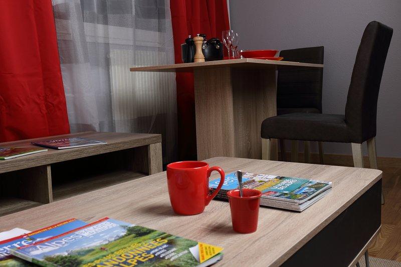Le cosy : agréable studio pratique proche Genève, location de vacances à Bellegarde-sur-Valserine