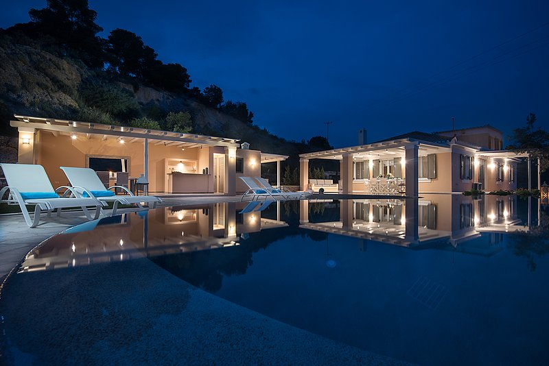 Elegant Villa Apolonas, vacation rental in Porto Heli