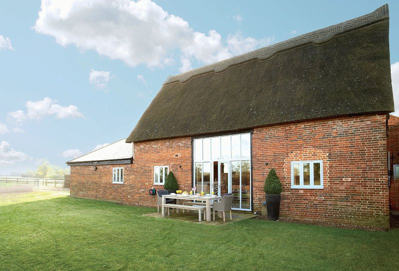 Thatch Barn, holiday rental in Thurton