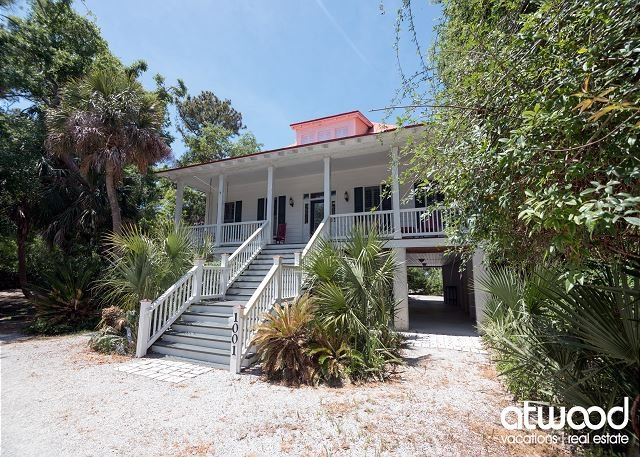 Beach Tan - Pet Friendly Coastal Cottage w/ Easy Beach Access, vacation rental in Edisto Island