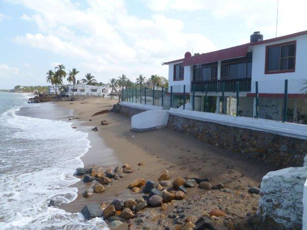 Casa entera a pie de playa, Riviera Nayarit, aluguéis de temporada em Chacala