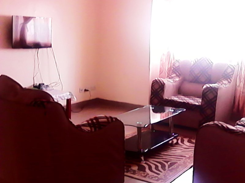 Short - Long stay - Near JKIA Airport -  Nyayo Embakasi - Holiday home $35, casa vacanza a Nairobi Region