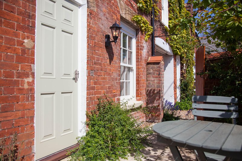 Neptune Cottage, holiday rental in Old Hunstanton