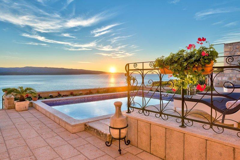 Villa Blue Horizon – Luxury villa with pool and sea view, Murvica, casa vacanza a Murvica