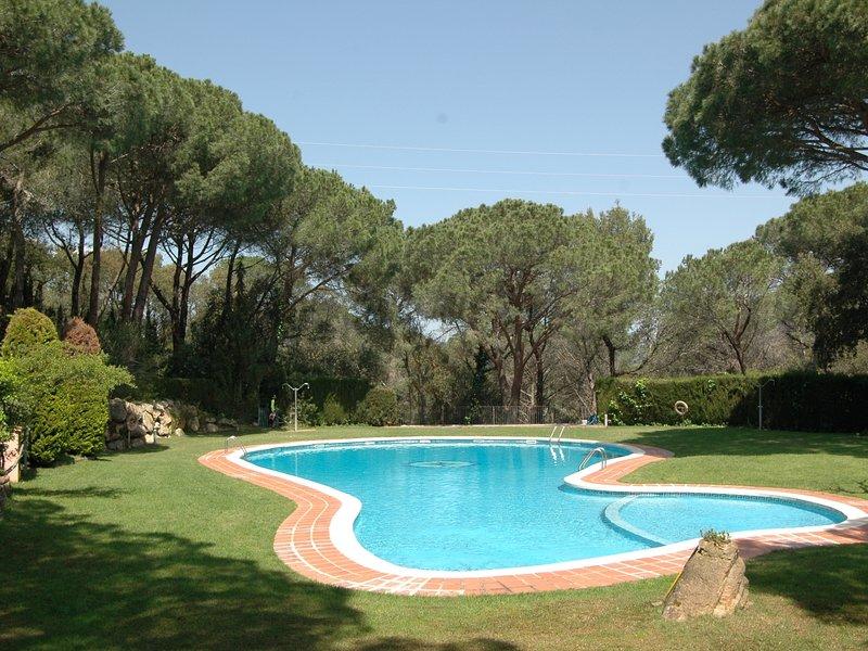 Nature and quietness only 2min from beaches, aluguéis de temporada em Sant Feliu de Guixols
