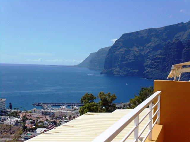 Nice apartments with best panoramic ocean viewing and big terrace!, alquiler de vacaciones en Santiago del Teide