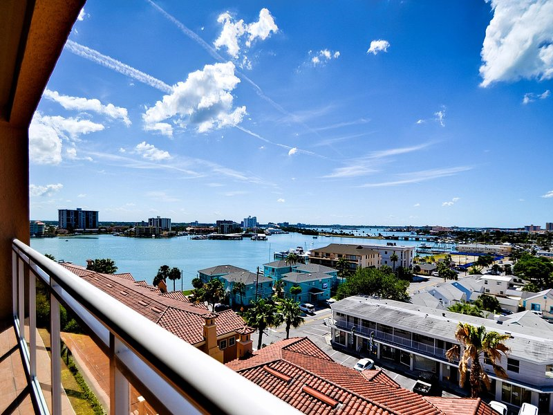 Amazing 7th floor view of Clearwater Harbor