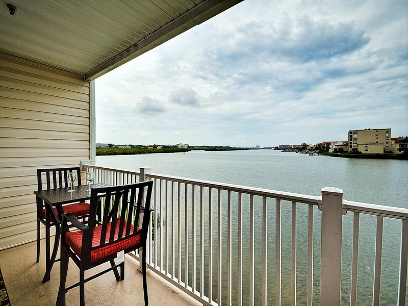 Enjoy coffee on the balcony as you watch all the water activity.