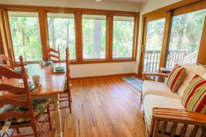 Welcome to the spacious and inviting sunroom!