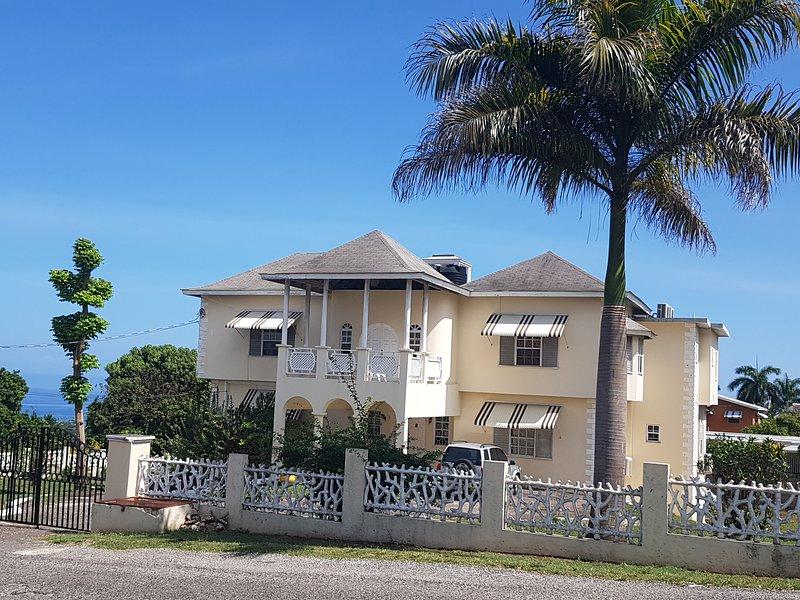 Vista della Manor