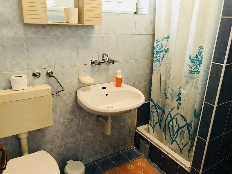 A1 (2 + 2): Bad mit WC