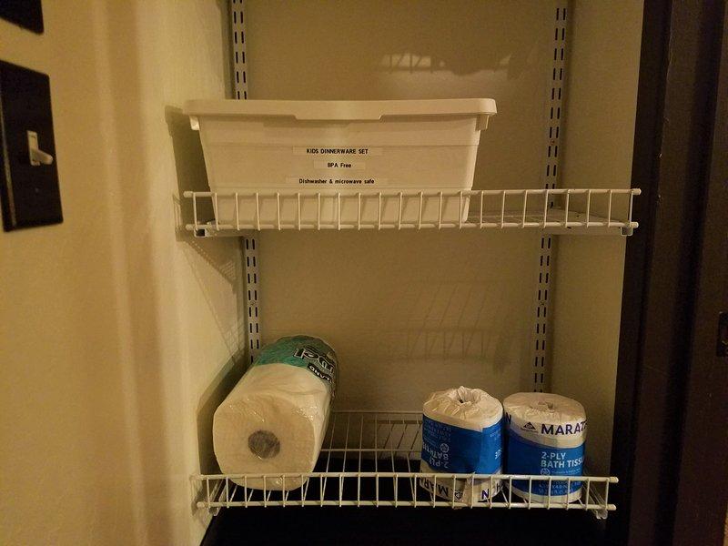 Les tasses pour enfants et des fournitures supplémentaires aussi!