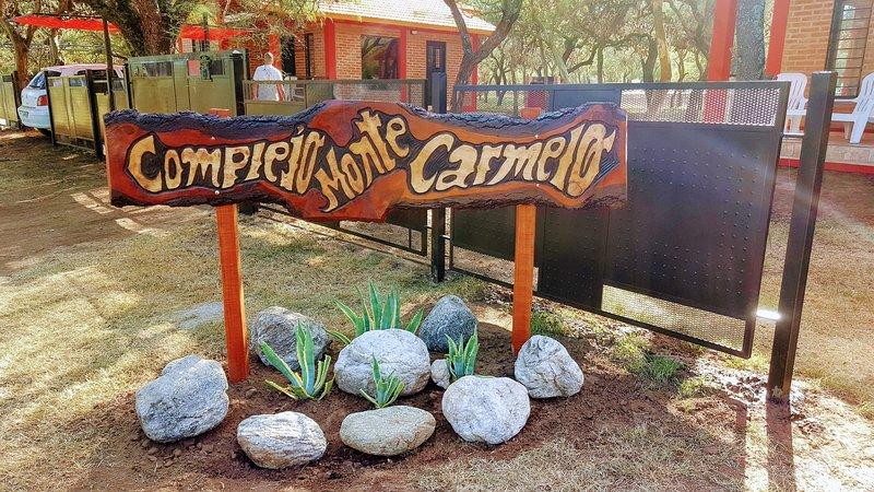 Complejo Monte Carmelo- Carpintería, San Luis, holiday rental in Merlo