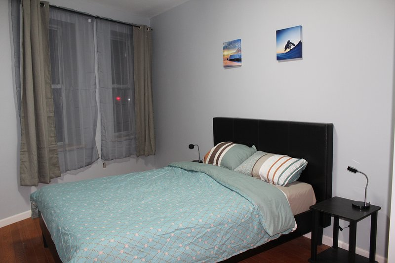 Camera Da Letto Armadio Comodini.Modern Front Apartment In Brooklyn Preview Listing Updated 2020