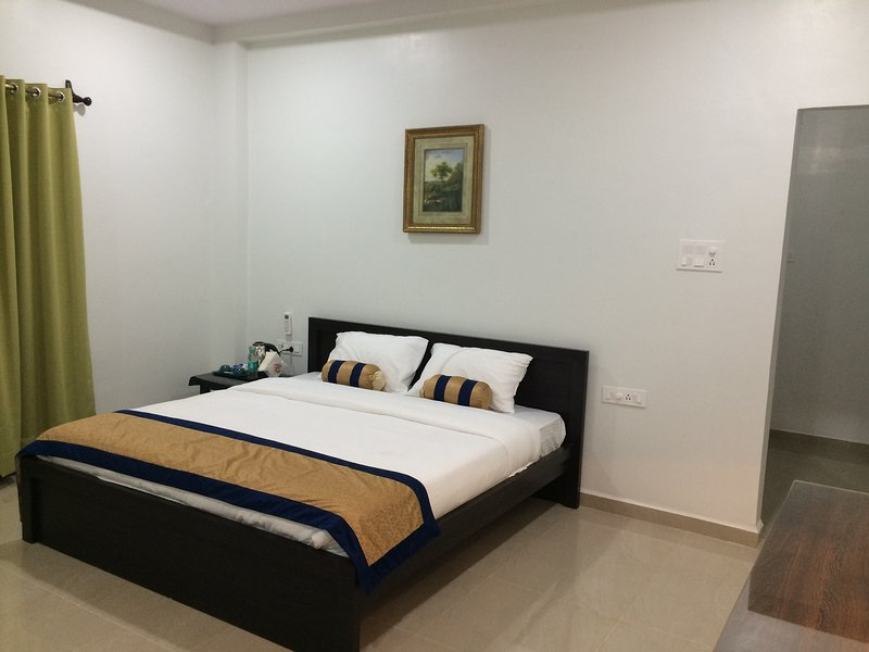 Whitehouse Farms, Tadoba (Bedroom 1), holiday rental in Chandrapur District