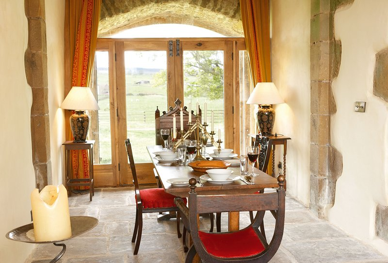 Scargill Castle, holiday rental in Bowes