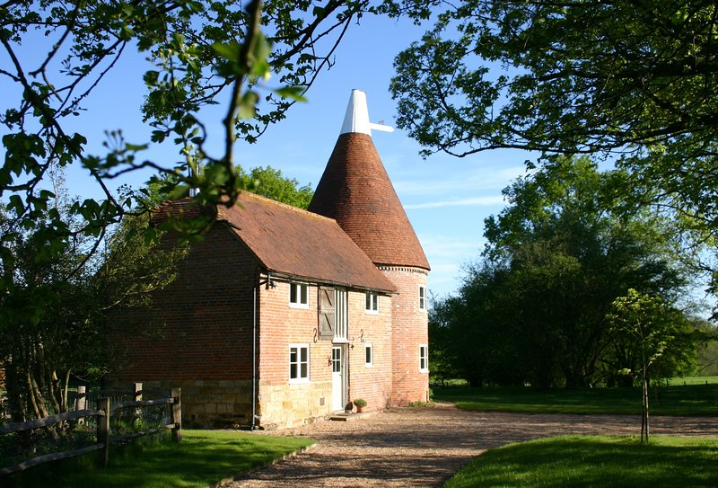 Bakers Farm Oast, holiday rental in Goudhurst