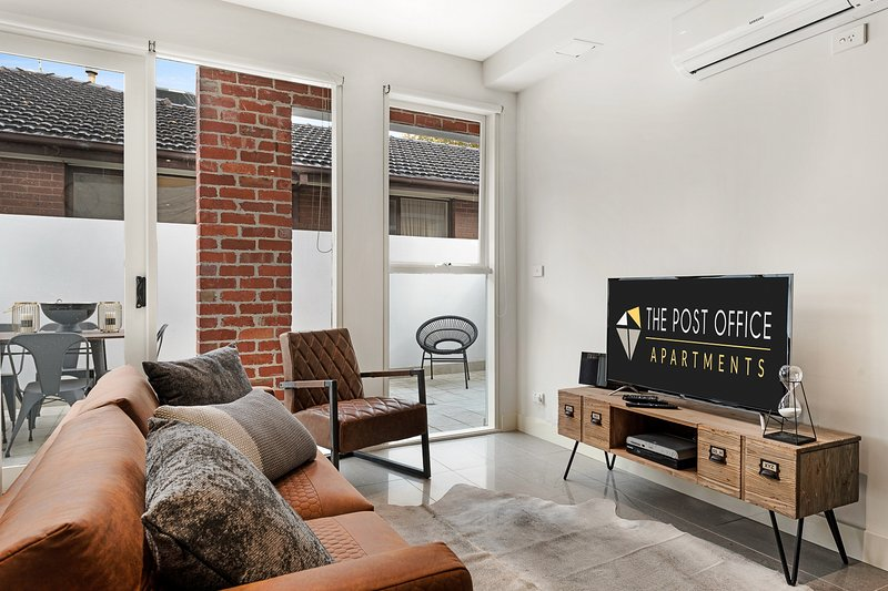 BRAND NEW! 2 Bed 2 Bath Duplex in Post Office Apartment – semesterbostad i Caulfield