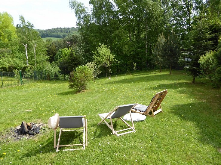 Rożnowska Chatka / Resthill summer house / 1h from Krakow, holiday rental in Borowna