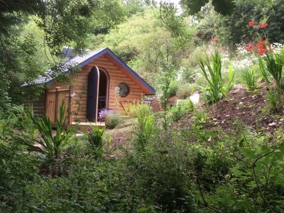 Pretty Glamping Pod in woodland setting 10 mins from Looe, holiday rental in Saint Germans