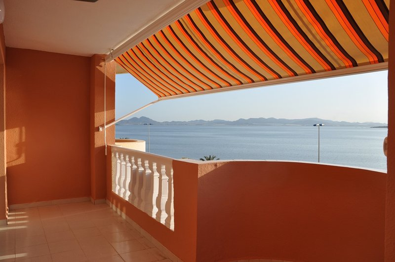 En primera línea de playa, apartamento 1 dormitorio zona Pedruchillo, vacation rental in La Manga del Mar Menor