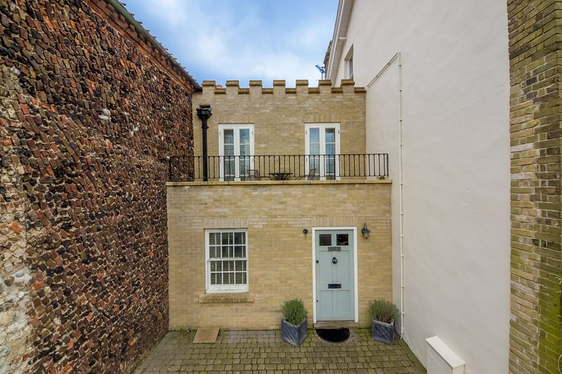 Castle House, holiday rental in Wells-next-the-Sea