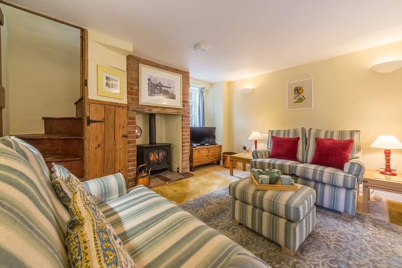 1 Honeymoon Row, holiday rental in Wells-next-the-Sea