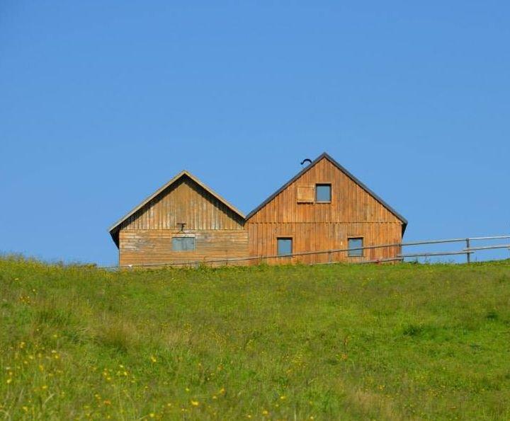 Grashütte, Selbstversorgerhütte im Schigebiet, alquiler vacacional en Tauplitz
