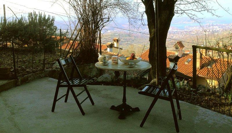 su da noi  trieste val rosandra,relax, ,passeggiate ,bike,bosco fiume,cascata, aluguéis de temporada em Trieste