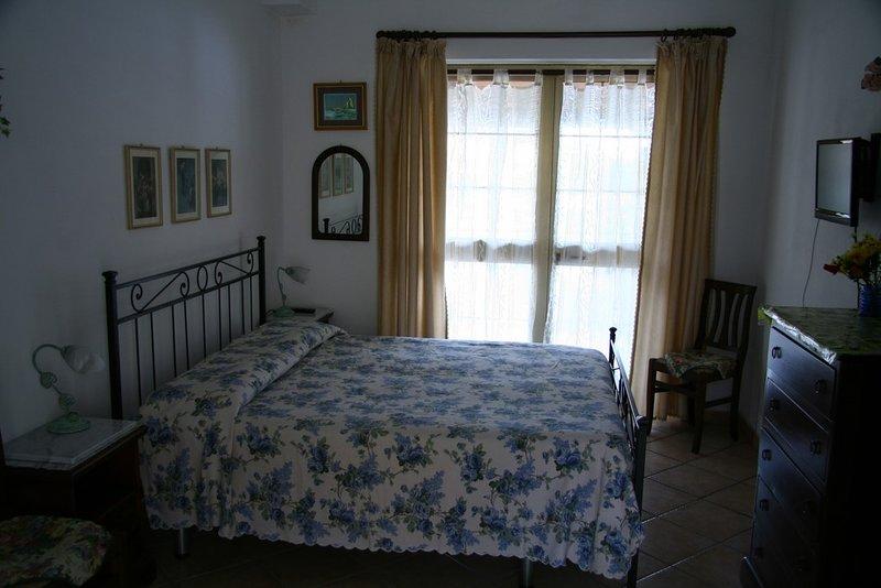Appartamenti Teresa - Bilocale - Capoliveri, holiday rental in Capoliveri