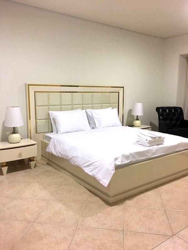 Invitado dormitorio privado en piso compartido