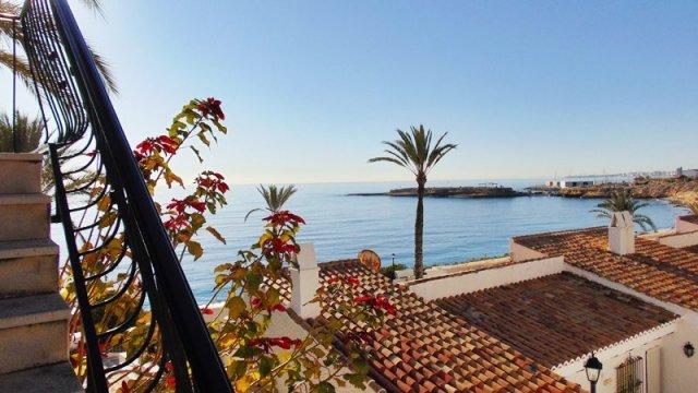 Fantastische frontline appartement met prachtig uitzicht op zee