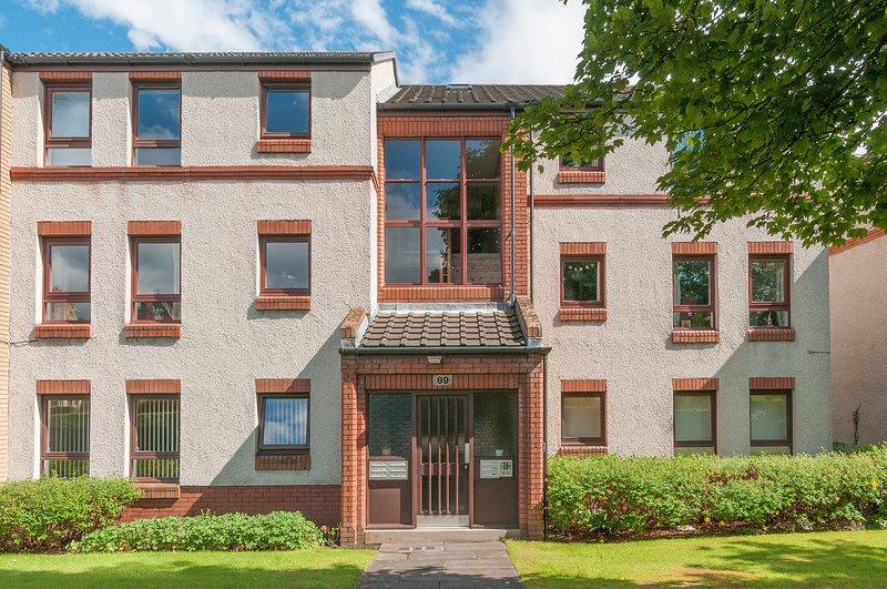 Polwarth Apartment, holiday rental in Edinburgh