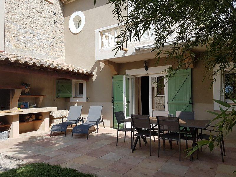 Gîte, Les Vignes, holiday rental in Saint-Marcel-sur-Aude
