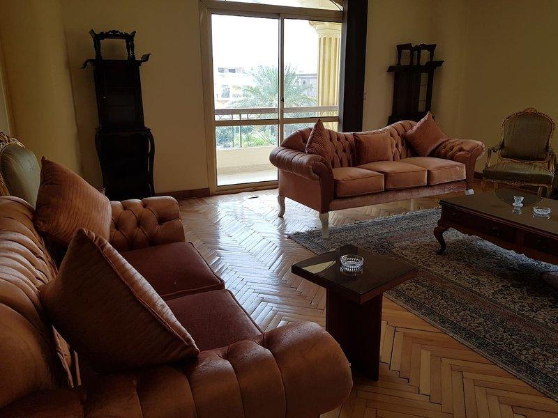 3BR Cosy Apartment in Choueifat, New Cairo, location de vacances à Al Rehab