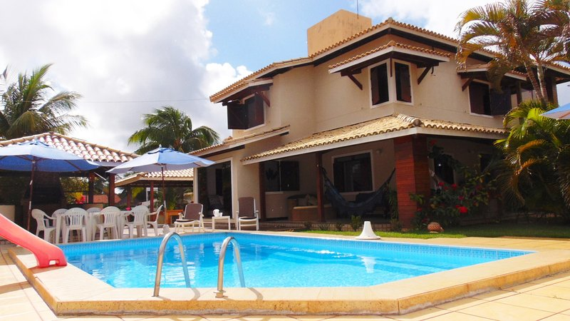 Casa Estrela - Bahia 4 bed beachhouse close to beach, Ferienwohnung in Arembepe