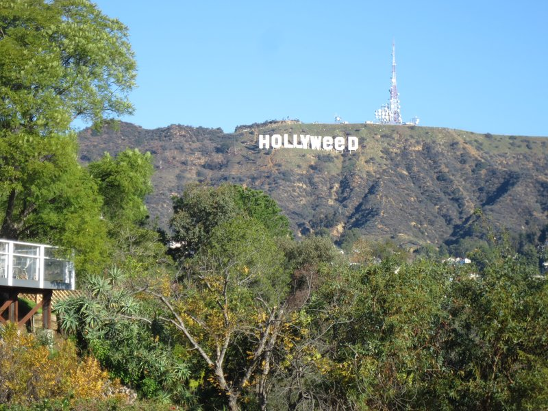 Amazing 360 views Monthly Los Angeles Hollywood sign Griffith Observatory &ocean, holiday rental in West Hollywood